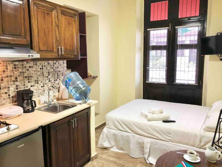 NEW and comfy Studio in the heart of Zona Colonial