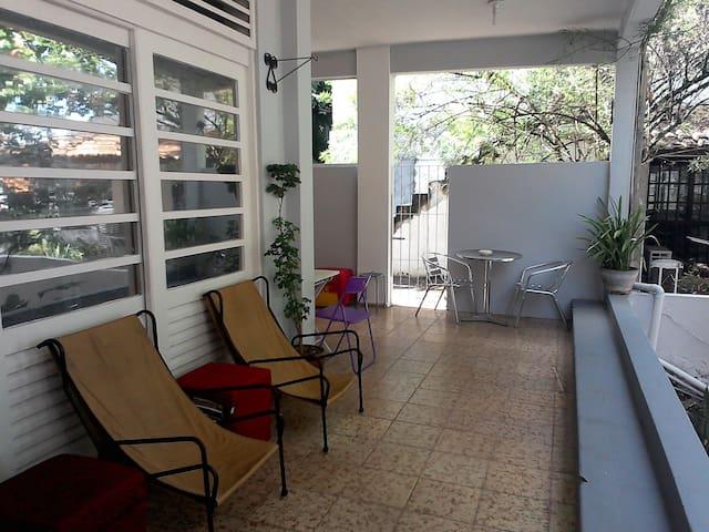Suíte com privacidade e conforto - Salvador - House