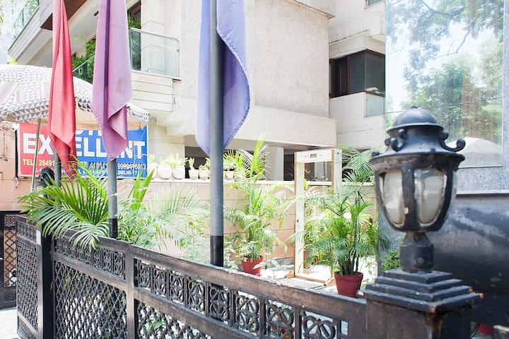 Comfortable rooms in the heart of city - New Delhi