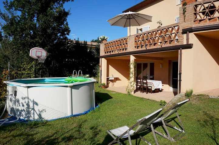 Al Seminario Guest House, with swimming pool