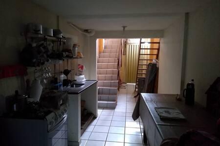 Casa Grande até 12 pessoas perto da Praia do Morro