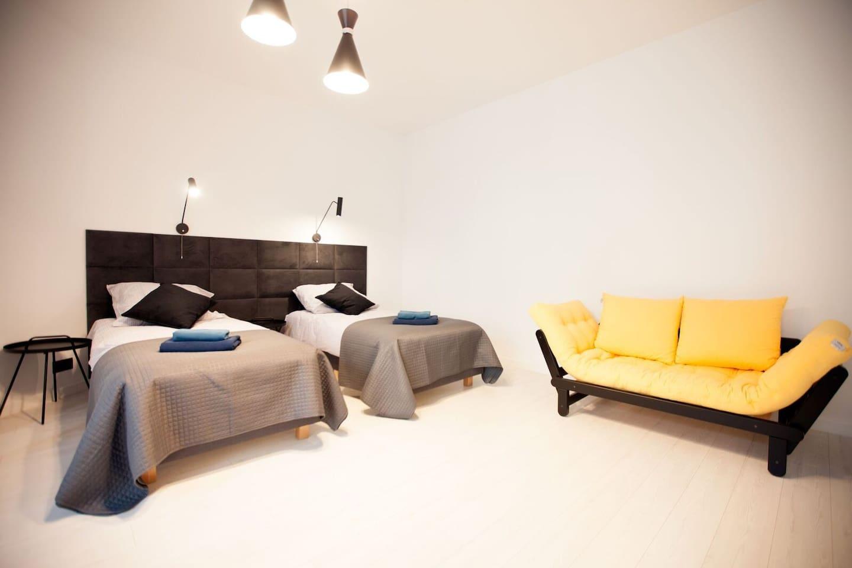Przestronna sypialnia i bardzo przytulna.