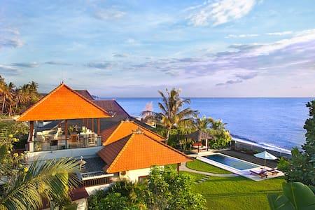 Amed,巴厘岛。Ashling别墅