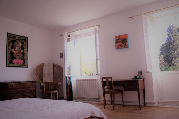 B&B in artist'house in cathare land