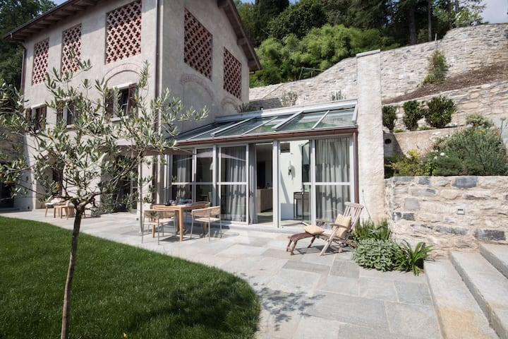 Borgo San Rocco - Olea - Luxury Restored Barn in Lake Como