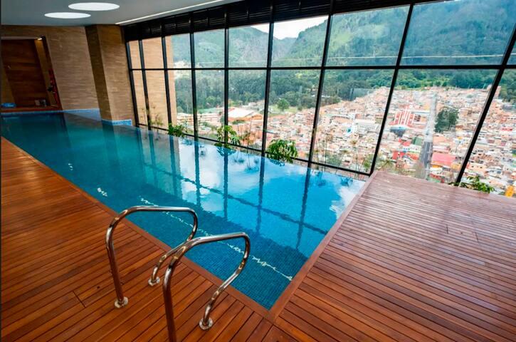 piscina zona comun