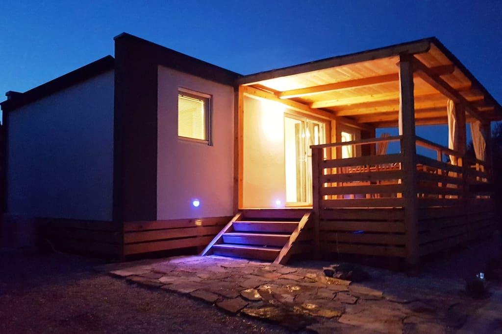 mobile home anita in tisno h user zur miete in tisno ibensko kninska upanija kroatien. Black Bedroom Furniture Sets. Home Design Ideas