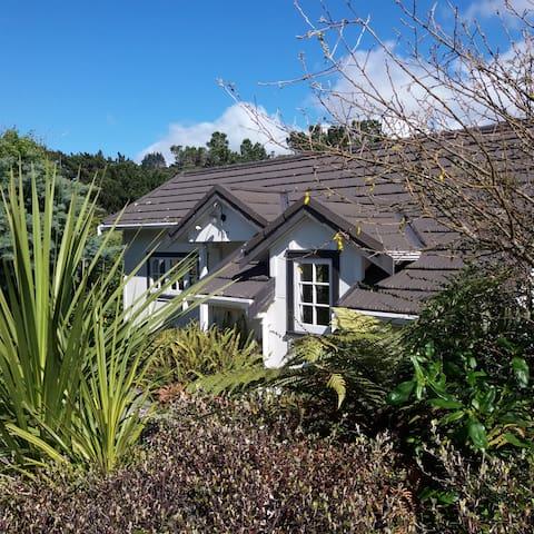 Private quiet cottage - WIFI