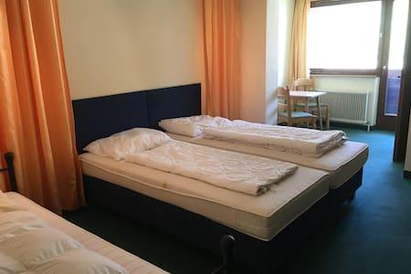 Zimmer für 3 Personen im 2. Stock (Z12) - Söll - Rumah