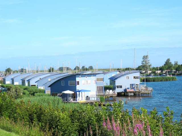 80 m² holiday home in Lauwersmeer
