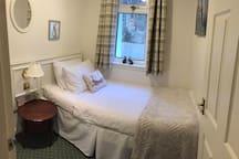 Single bed room.