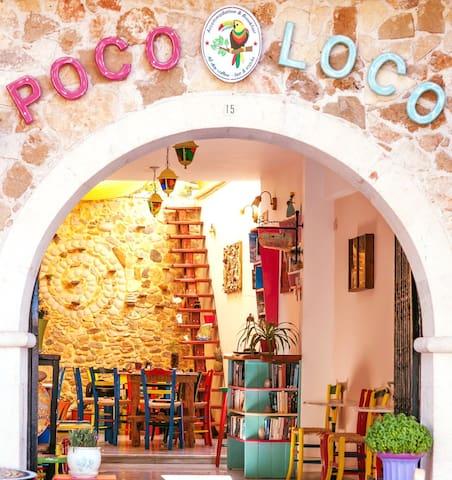 Poco Loco Artisan  Bed&Breakfast-Best Terrace View