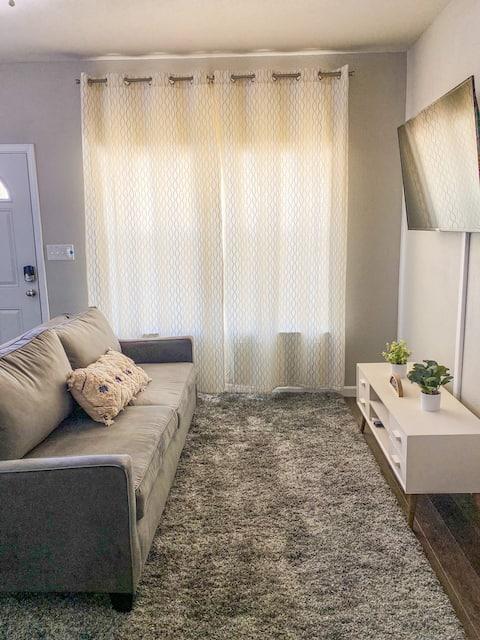 Entire Cozy Home near downtown San Antonio