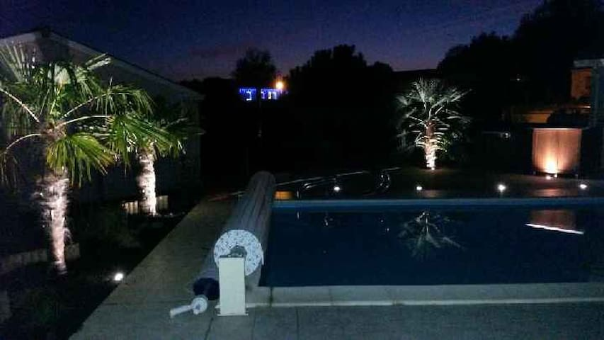 Belle contemporaine 170m2 piscine - Lagorce - Rumah