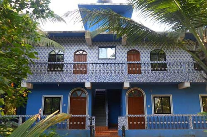 Romaldo Guest House, Non AC Rooms - Goa - Rumah