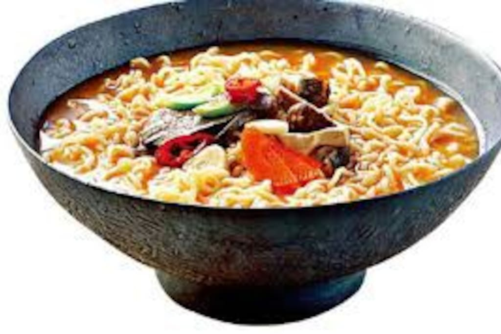 differente nudles provided for guests and the/coffi