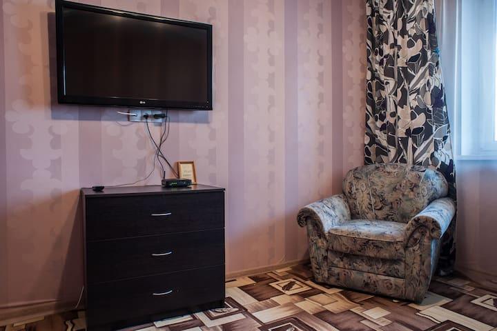 Уютная квартира в новом доме, охраняемая парковка - Minsk - Departamento