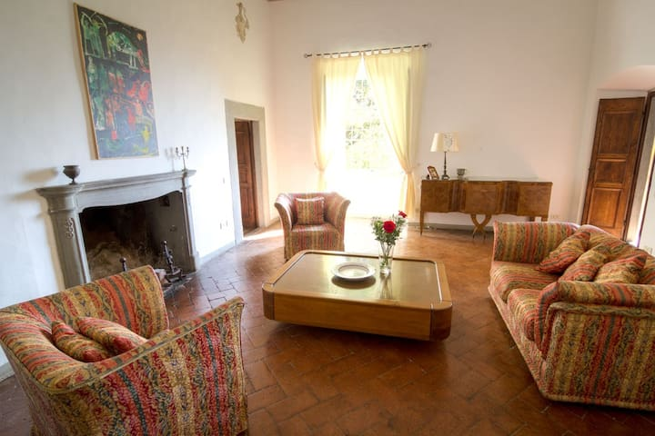 Villa Trefiano - hunting house of Rucellai family - Provincia di Prato - Villa
