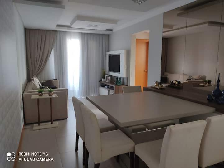 Alugo apartamento confortável