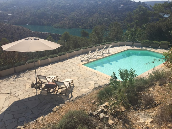 Villa mit Pool am Lac de Verdon