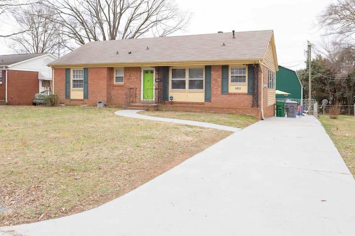 Bacardi Homes, LLC of Charlotte-the Green Door