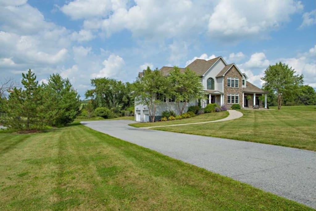 Stunning 4 bedroom / 3 bath Home in beautiful Dutchess County, New York. The home is located in Union Vale (between Millbrook and Lagrangeville)