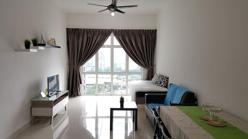 City Square, CIQ Johor Apartment @ Meldrum Hill