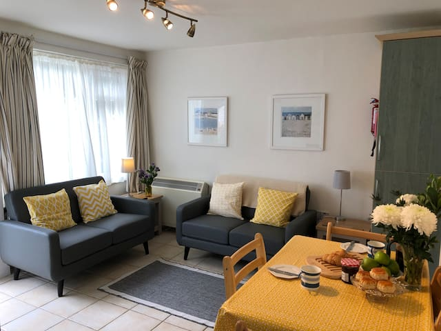 4 Bed Holiday Flat, Helford Passage, Cornwall.