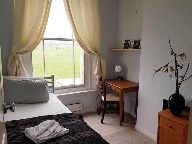 DREAM LOCATION, PERFECT for FAMILIES, 15min LONDON