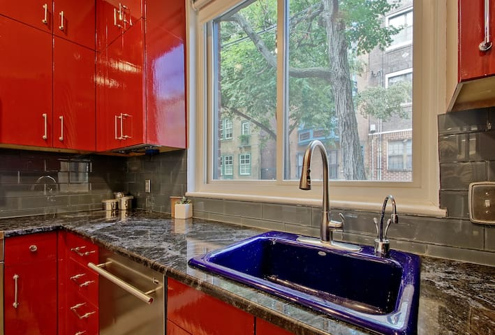 LARGE Brownstone with Parking & Roof Deck Views!