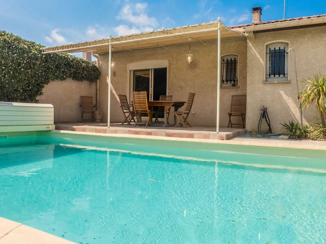 Quiet villa with private pool in Narbonne