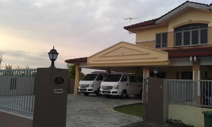 Kuching Arang Rd Guesthouse