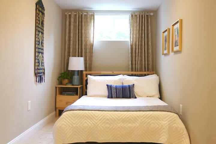 A comfortable memory-foam mattress for a great night's sleep!