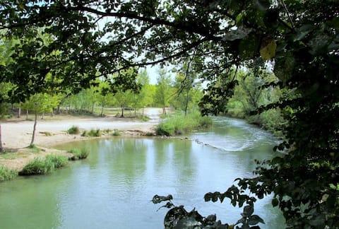 El pueblo tiene un rio maravilloso