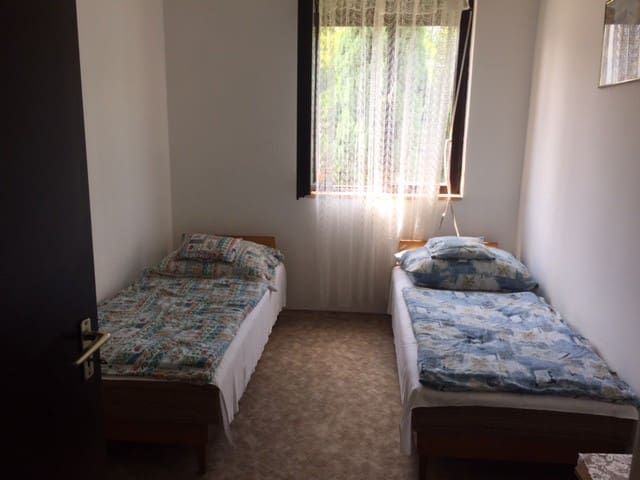 3 BDR cosy apartment 9 min. from the beach (1 em) - Balatonlelle - Apartment