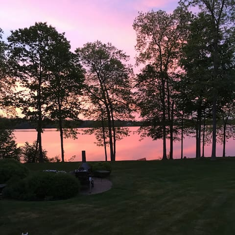 Waterfront Property Private One Bedroom Apartment