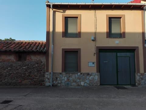 Casa De Campo En Calzada De Tera