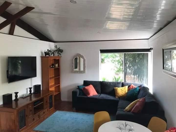 Cosy Duplex House - Dianella