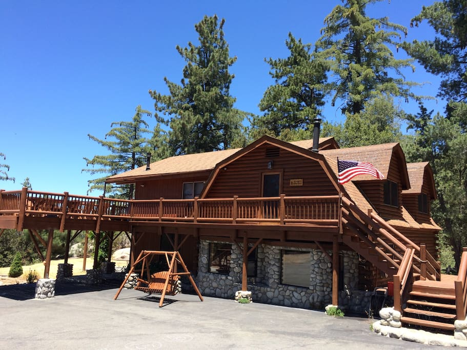 Luxury Hilltop Log Cabin 4 5 Acres Cabins For Rent In