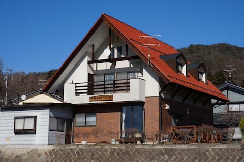 Azumino-Ikeda guesthouse (dormitory style)
