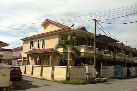Taman Segar Homestay Butterworth Penang - Butterworth - Gästehaus