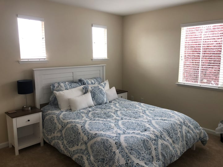 New clean and cozy bedroom