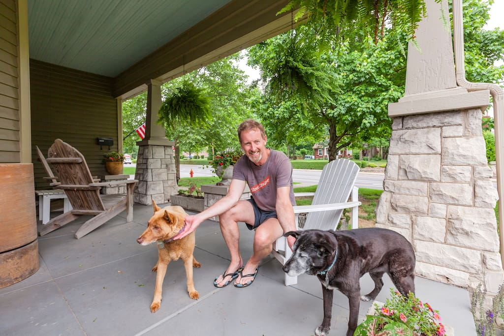 Ron and his two awesome dogs, Millie & Gavy.  Sadly, Gavy (the brown dog) is no longer with us but I just couldn't take her picture down.  Her sister, Millie is now 14 and doing really well!