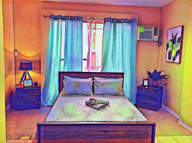 C1*Dumaguete*Carlo's Place: Private Room w/ bath