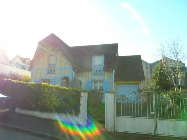 The perfect Normandy vacation place! - Villers-sur-Mer - House