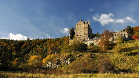 Bright, Castle Cottage on The Tweed