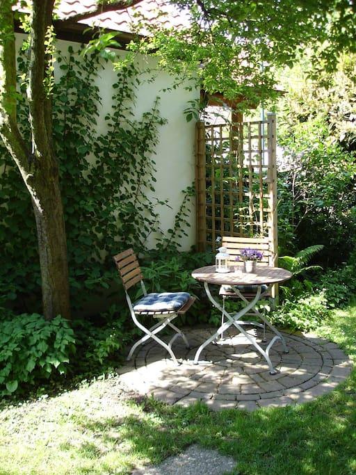 Eigener Gartensitzplatz