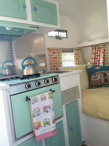Fully functioning stove and oven
