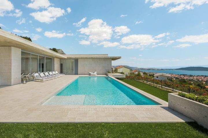 Villa Radun Home