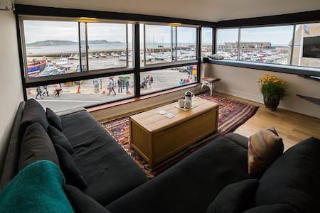 Fabulous apartment next to the sea - Lyme Regis